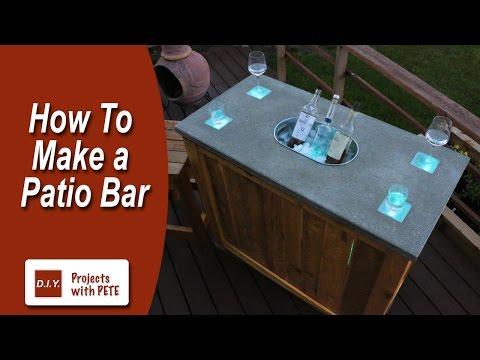 Schicke Holzbar - Betontheke und LED Beleuchtung
