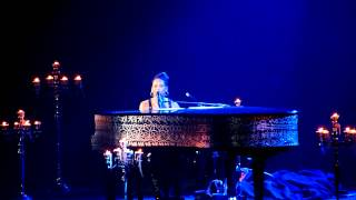 Sure Looks Good To Me/Final - Alicia Keys - Piano & I - Paris 11 juin 2011