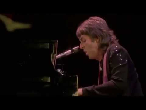 Paul McCartney & Wings - Lady Madonna (Live)