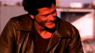 Человек невидимка (сериал), Darien Fawkes - Sexy back