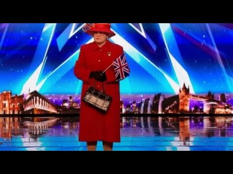 The Queen and Royal Family on BGT! | Auditions 3 | Britain's Got Talent 2017 (видео)