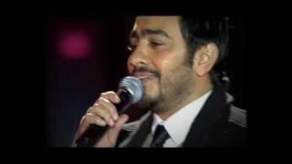 تحميل اغاني Tamer Hosny olly bhabak valentine 2010 تامر حسني قولي بحبك MP3