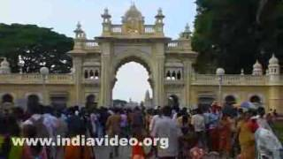 Visitors around the Mysore palace