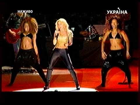 03-SHAKIRA-Loca (Ukraine Kiev) 08.10.11.mpg