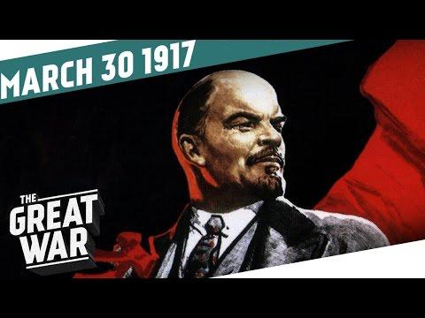 Lenin sedá na vlak