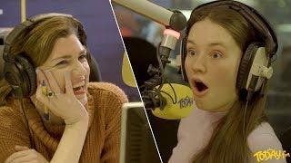 Sigrid talks live on Irish radio to an Irishman who lives in her hometown Ålesund