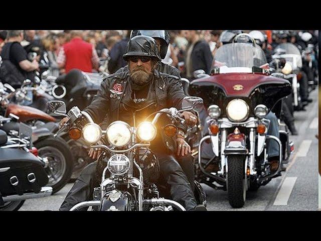 Байкеры отметили День рождения мотоцикла