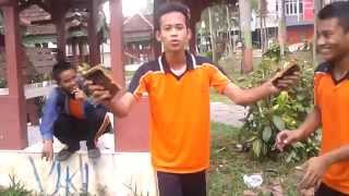 preview picture of video 'Aksi Lucu Bikin Ngakak'