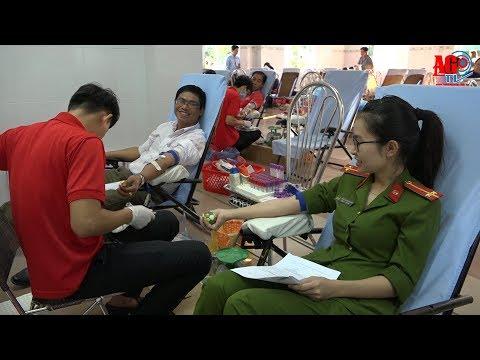 Lễ hội Xuân hồng và phát động hiến máu tình nguyện