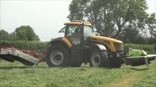 JCB Fastrac 8250 Front And Rear Mowers