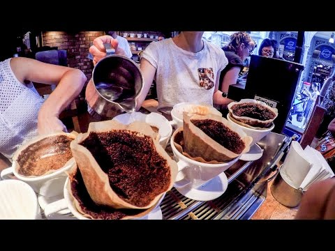 London Food Experience. A Visit to an Amazing Gourmet Coffee Shop in London Bridge