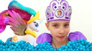 #МультикиДляДевочек МАЙ ЛИТЛ ПОНИ и #ПринцессаСофия *Бассейн для Принцессы Селестии!* #ДружбаЭтоЧудо