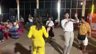 เต้ยเชียร์ เต้นข้างๆ กัน ในเพลง งัดถั่งงัด ในงานวัด ที่อุดร 20/4/19