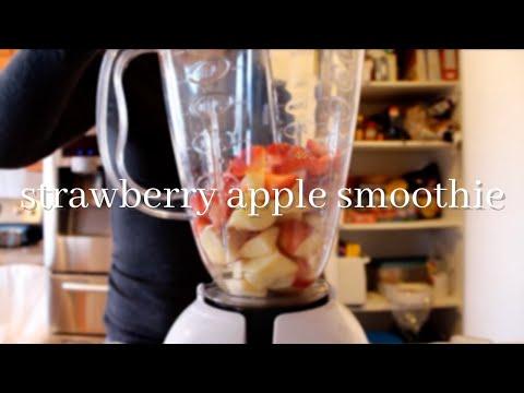 Video Strawberry Apple Smoothie