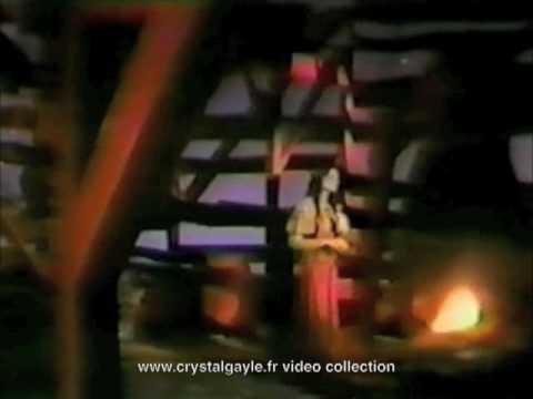 Crystal Gayle - wrong road again