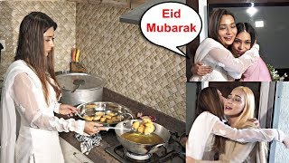 Sara Khan Eid Celebration 2019 With Her Sisters At Home - Full Video