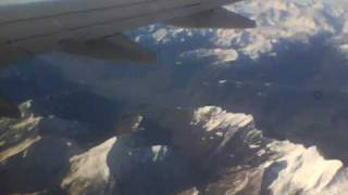 preview picture of video 'Flying over the Alps'