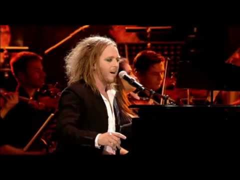 Tim Minchin: Plot