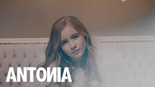 ANTONIA   In Oglinda | Lyrics Video