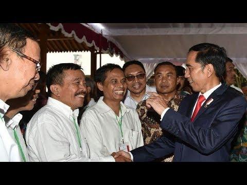 Kocak.!!! Ini Momen Ketika Jokowi Menyapa Teman Kuliahnya di UGM yang Paling Nakal