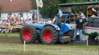 preview picture of video 'Traktorpulling Notzing 2012 Fordson County Fullpull'