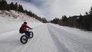 Road to Lower slide lake on a fat bike, Kelly (WY)