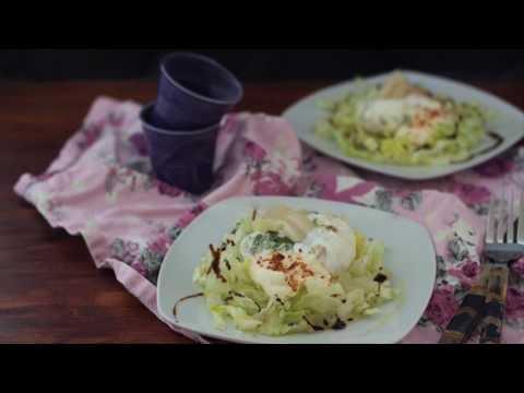 Ensalada de huevos y espárragos blancos