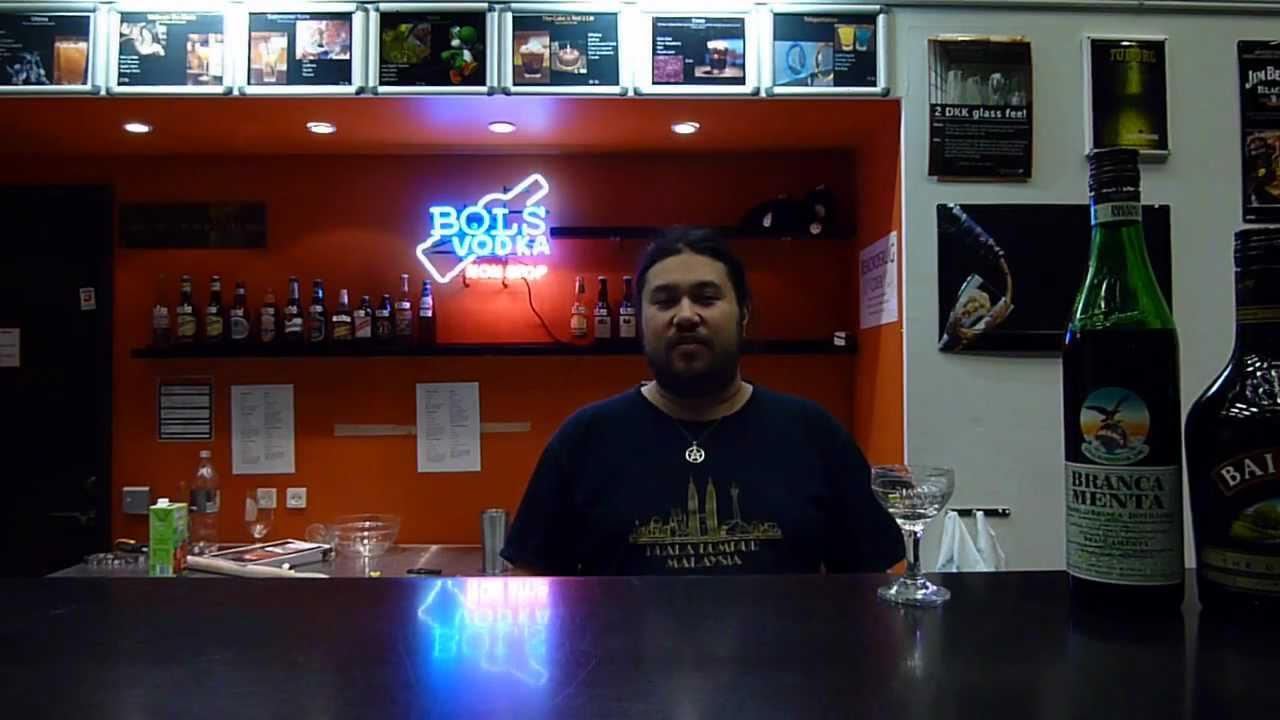 This Guy Will Make Duke Nukem Drinks To Get You Shit-Faced