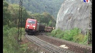 preview picture of video 'E-Lok BR185 mit Güterzug auf der Geislinger Steige aufwärts, 20.09.2009.'