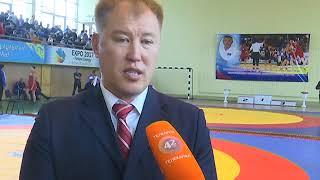 В Уральске проходит республиканский чемпионат по греко - римской борьбе