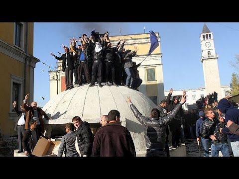Αλβανία: Μεγάλη αντικυβερνητική διαδήλωση