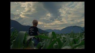Felix Cartal - Everyone But Me (feat. Daniela Andrade) [Official Video]
