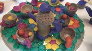 Смотреть онлайн Делаем игрушки из желудей и пластилина, лепим с детьми