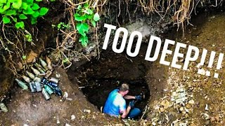 WHATS AT THE BOTTOM OF THIS GIANT HOLE!?!?! ANTIQUE BOTTLES FOUND BY TREASURE HUNTERS!!!