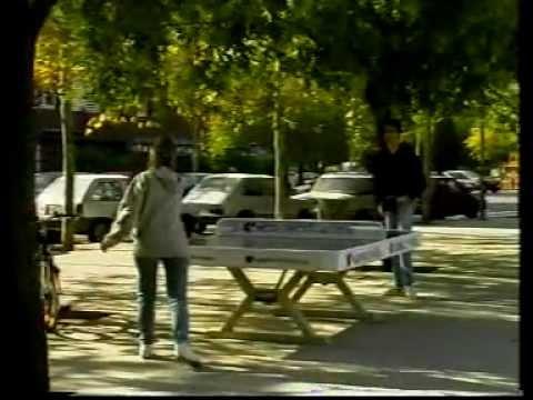 Mesas de ping-pong en la calle, ping-pong para todos./ Speedcourts /