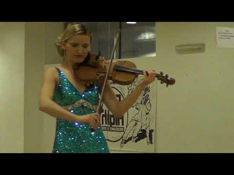 Kamila Malik - Wirtuoz Rozrywkowo - video - 1