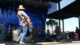Brandi Carlile - Mainstream Kid (sound check) - 8/5/16 - Les Schwab Amphitheater