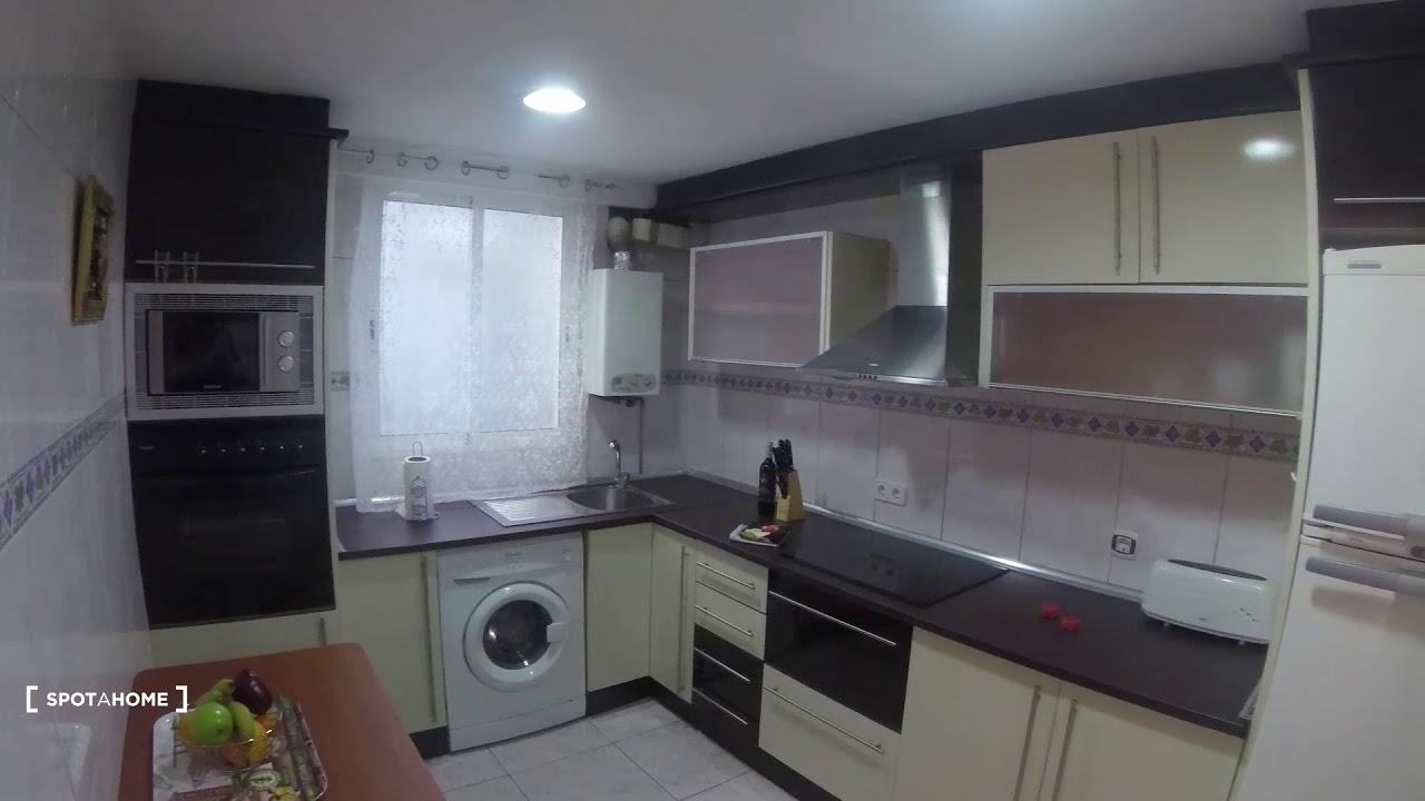3-bedroom apartment for rent in Quatre Carreres