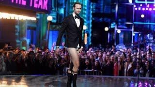 NSFW: Alexander Skarsgard Goes Pantsless On Stage At The MTV Movie Awards