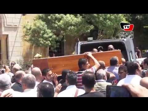 تشييع جنازة فنان الكاريكاتير مصطفى حسين من مسجد السيدة نفيسة