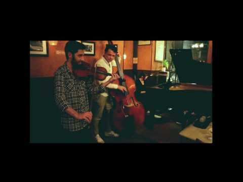 Nice jazz standard played in a gig Cafe Vivaldi, NYC.