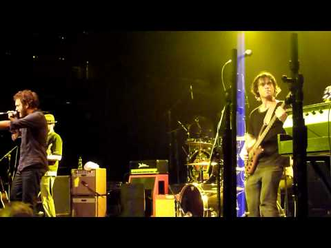 HD - Plastic World - Wise, Young & King Live in Toronto September 1 2011