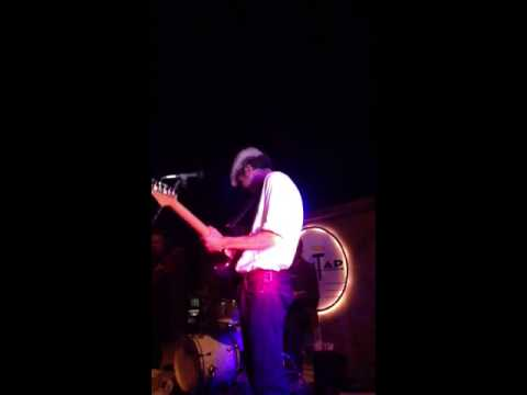 """Dmitri Resnik & Bootleg Beat -""""Two sides to every story""""-live at the City Tap (4-11-14)"""