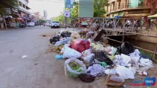Piles of Rubbish in Phnom Penh