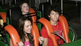 Miley Cyrus and The Jonas Brothers at Six Flags!!!