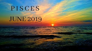 A ONCE IN A LIFETIME CHANCE, EMBRACE THIS! CAPRICORN JANUARY 2019