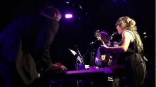 "Martha Wainwright / Doveman - ""I Wanna Make an Arrest"" (2011-09-23)"