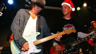 Todd Snider - Santa Claus is Coming to Town