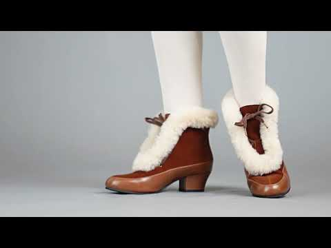 PRE-ORDER Alpen Women's Retro Winter Booties (Brown/Ivory)