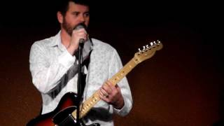 JR BROW - Live at Penguins Comedy Club - Similarities in music. La Bamba Twist n Shout Chuck Berry